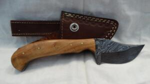 CLICK HERE - Knives & Military Collectibles