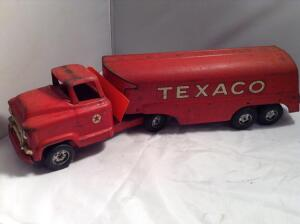 ONLINE ESTATE TOY AUCTION - Pedal Cars, Banks, Tin & More