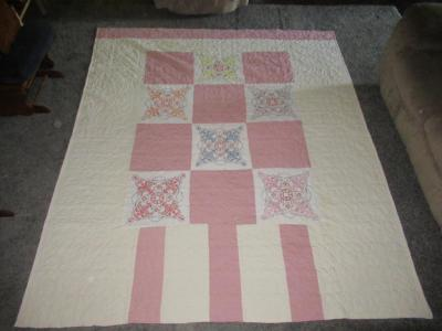 Double-sided embroidered quilt