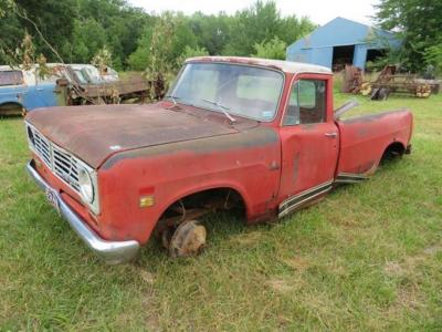 International 1210 pickup, for parts