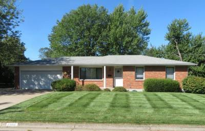 Online Absolute Real Estate: Nice, One-Owner Home Sells To The High Bidder At 2309 Iris Dr., Columbia, MO
