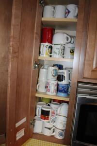 Large assortment of coffee cups