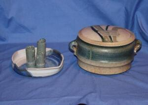Pair of pottery pieces