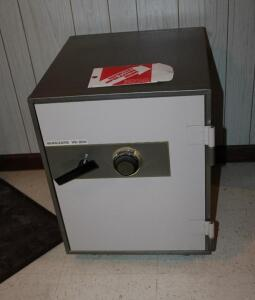 Vanguard VS-200 free standing safe