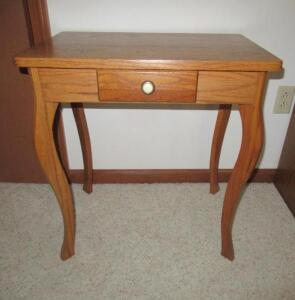 Oak single drawer bedside table