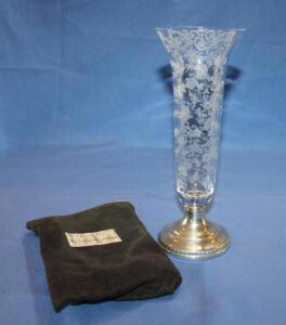 Weighted sterling 427 base and etched glass vase