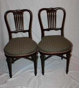 Pair of vintage Duncan Phyfe style side chairs