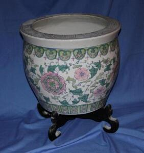 Oriental style flower pot with stand