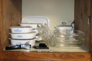 Nice selection of Corning Ware casserole dishes