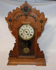 Seth Thomas kitchen clock with key
