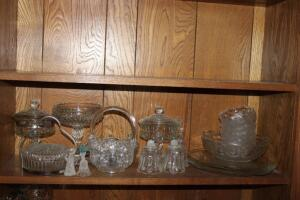 Assorted clear glass pieces