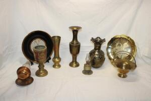 Brass and other decorative pieces