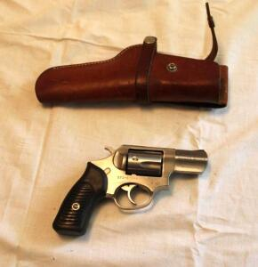 Ruger SP 101, 5 shot revolver