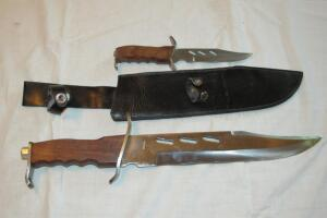 2 stainless steel knives with wooden handles