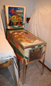 D. Gottlieb & Co. North Lake, Iil Gottlieb's Sure Shot pinball machine