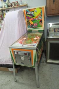 Gottlieb's Big Hit pinball machine