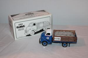 First Gear 1952 GMC U.S. Mail Flatbed with Burlap Sacks