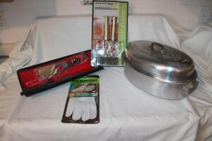 Carving set in case, stainless turkey lifters