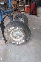 Hand truck with rubber tires - 5