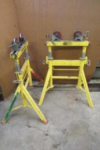 2 sawhorse like stands with roller attachments