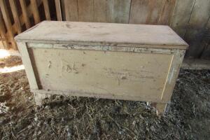 Primitive blanket chest and contents