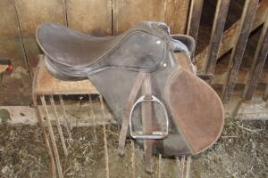 Leather English saddle