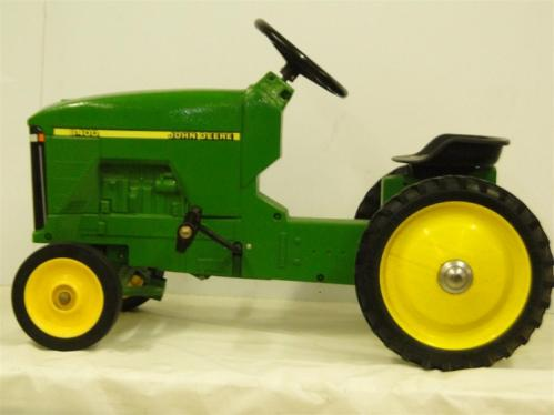 John Deere Iron R Tractor With Loader Pallet Forks Pretend Play Toys A Tomy further Preview C E A E B Bbb A A Bf Large further Dsc together with S L further Up Lp. on 8400 john deere toy tractor