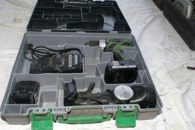 Hitachi 18V cordless drill, light, charger and 2 batteries