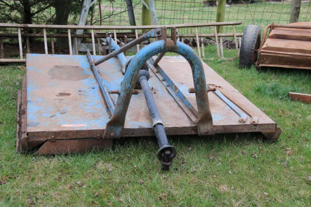 Ford Model 910 3-pt  6' brush hog with hard rear wheel - Current